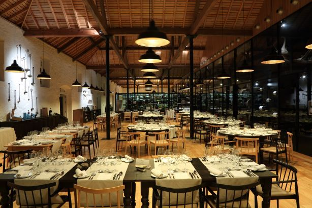 Foto 4 de VINUM Restaurant and Wine Bar