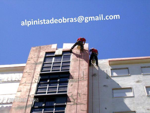 Foto de Alpinistas-Trabalhos-Verticais