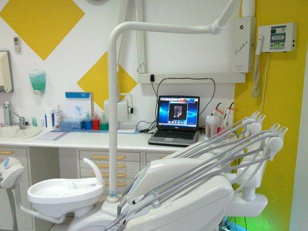 Foto 2 de Dentinhos e Dentes, Lda.