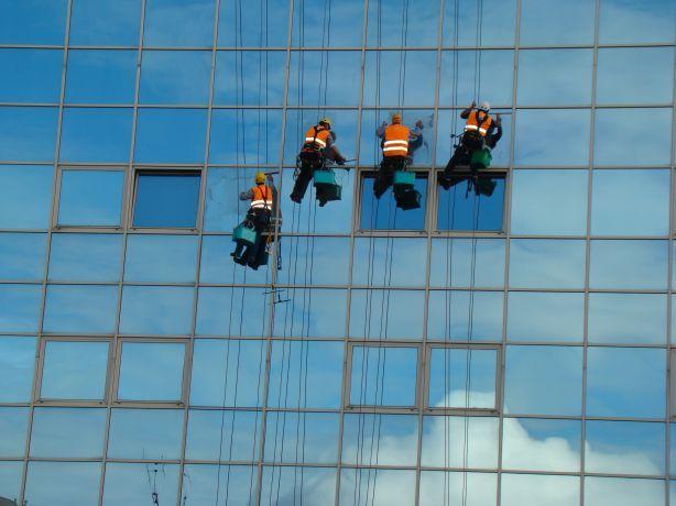Foto 1 de Workalp Industriy Lda - Trabalhos Verticais
