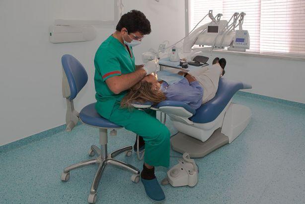 Foto 2 de Clínica Dentária Dentarmed - Almada