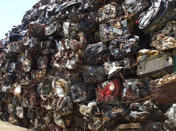 Foto 3 de Baptistas, Estaleiro Prior Velho - Reciclagem de Sucatas, SA