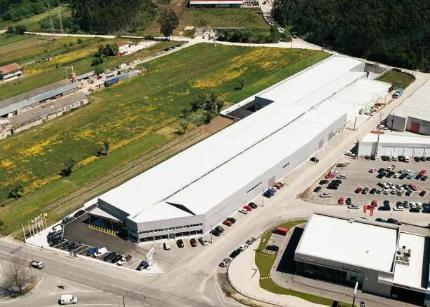 Foto 2 de Lusavouga - Maquinas Acessórios Industriais, SA