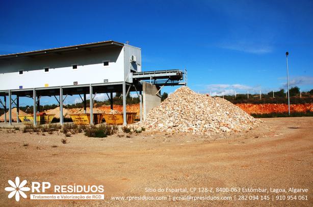Foto 2 de Reflexo do Progresso Resíduos, Lda   Rp Resíduos